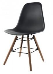 Stuhl Scandinavian-Style in schwarz
