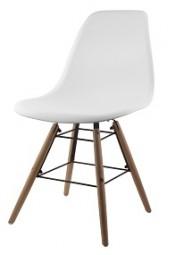 Stuhl Scandinavian-Style in weiß