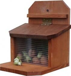 Futterstation für Eichhörnchen 19,5x19,5x23 cm, natur